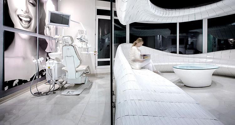 طراحی دکوراسیون مطب دندانپزشکی
