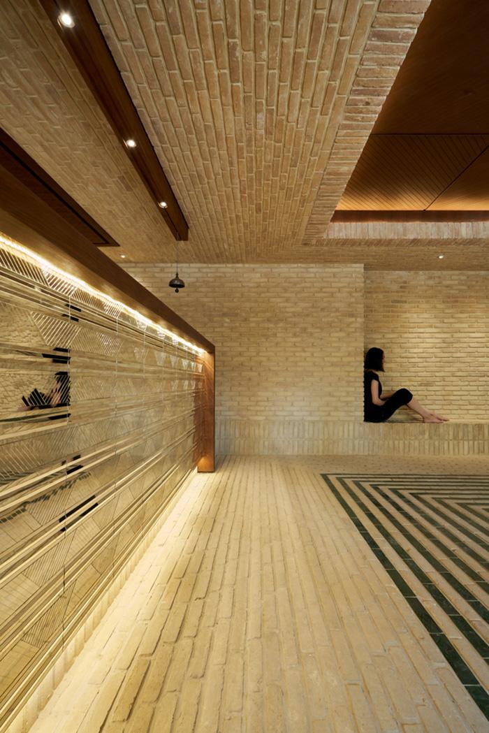 طراحی بوتیک هتل سنگِ سیاه