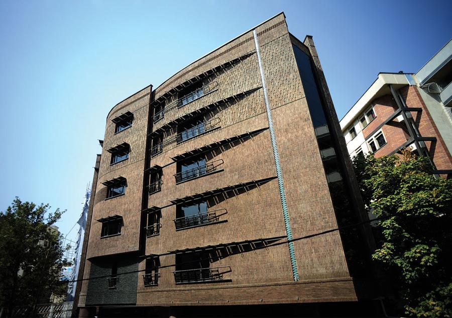 معماری ساختمان اداری سالار