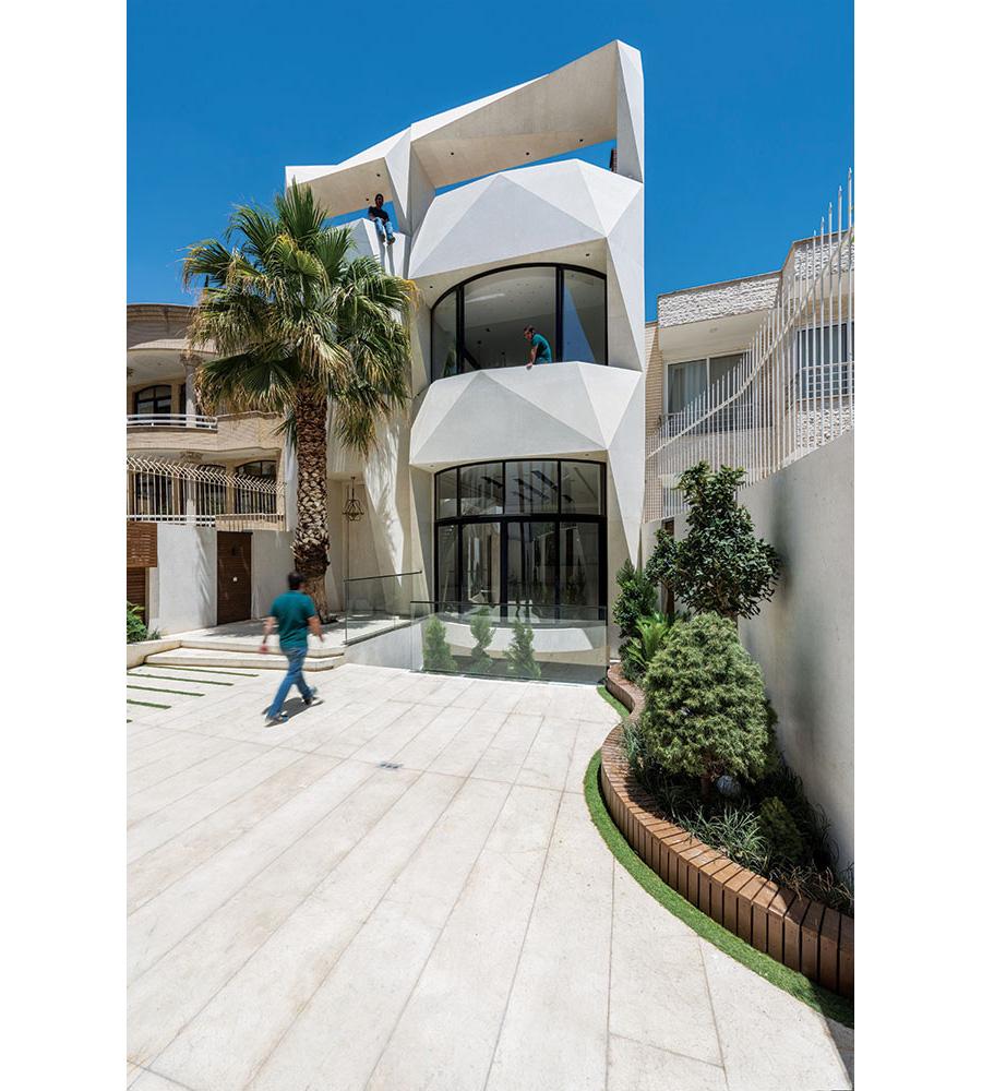 معماری خانه آپادانا