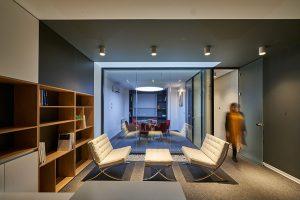 طراحی داخلی دفتر اداری پناه صنعت