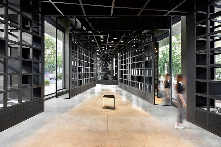 طراحی گالری عینک نیوتن