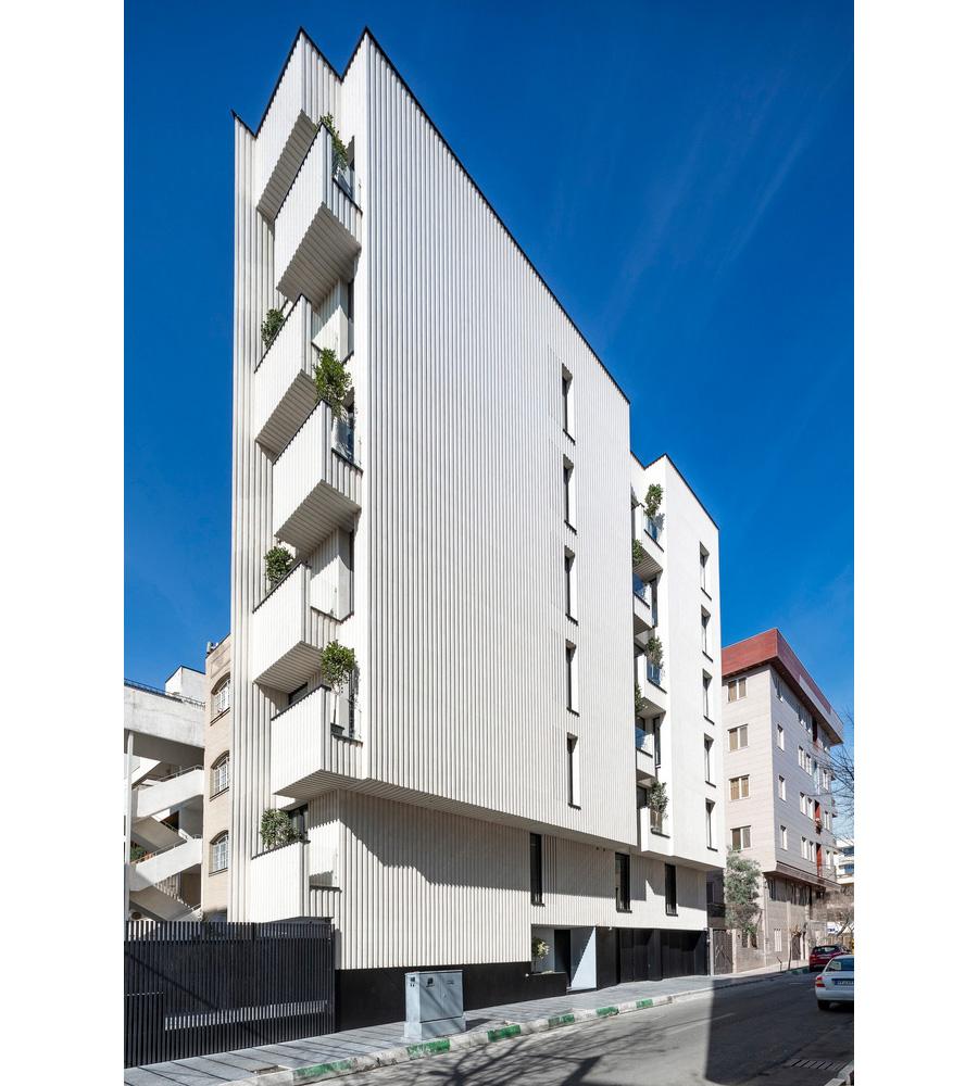 معماری آپارتمان مسکونی مالک