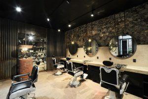 دکوراسیون آرایشگاه مردانه ساده