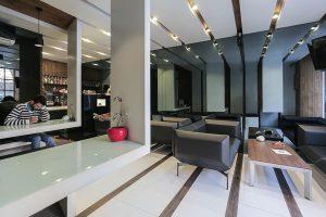 طراحی داخلی کافه نیمکت
