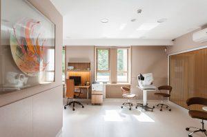 طراحی مرکز چشم پزشکی