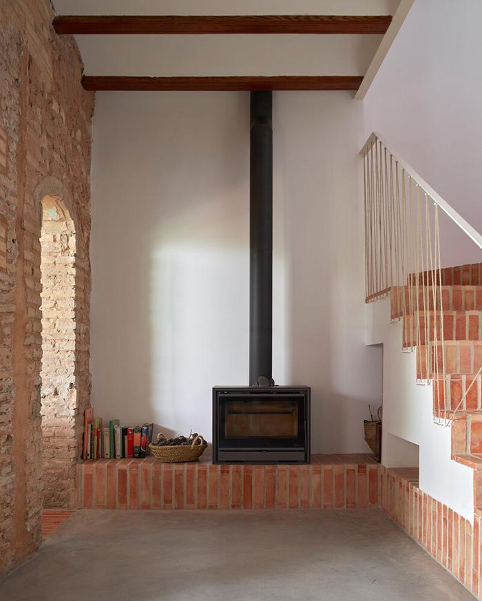 طراحی نمای داخلی ساختمان دو طبقه