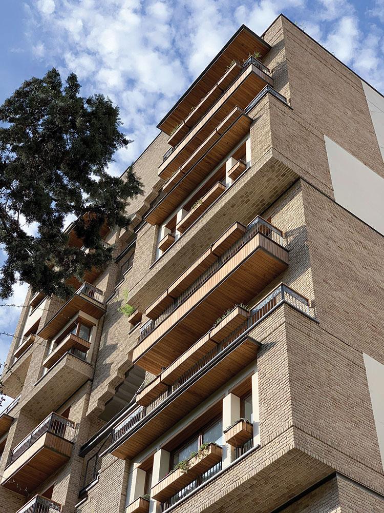 معماری ساختمان مسکونی نیاوران