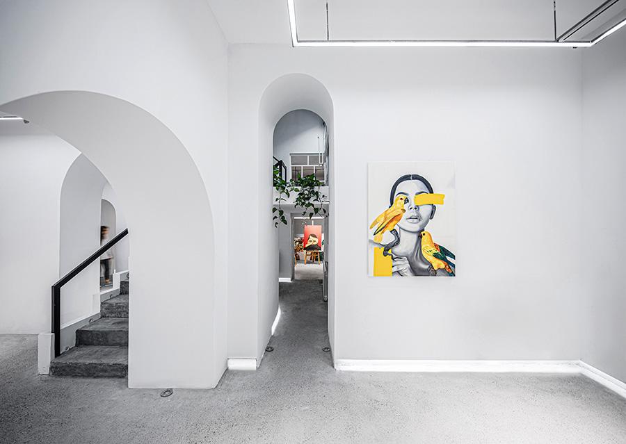 طراحی داخلی گالری هنری سو