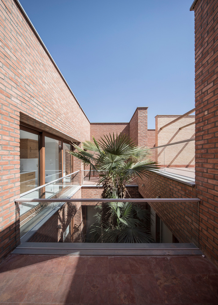 معماری خانه پرحیاط