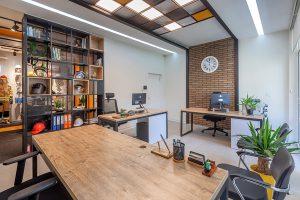 بازسازی ساختمان اداری رایکا