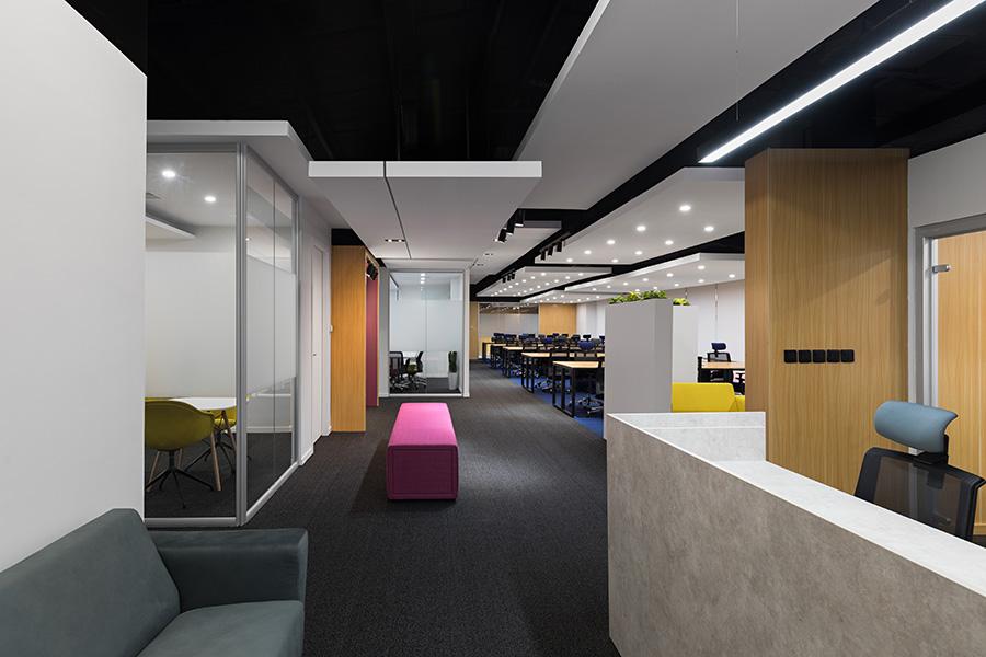 طراحی داخلی دفتر شرکت کاتد