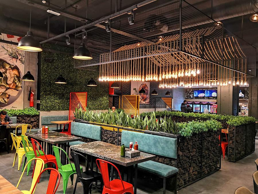 طراحی داخلی رستوران آلاوین