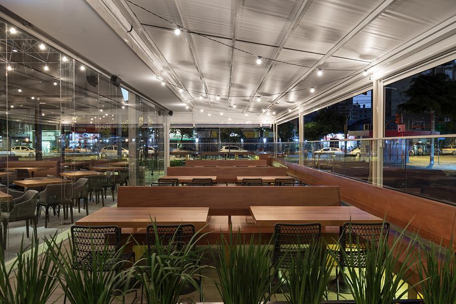 طراحی و دکوراسیون رستوران