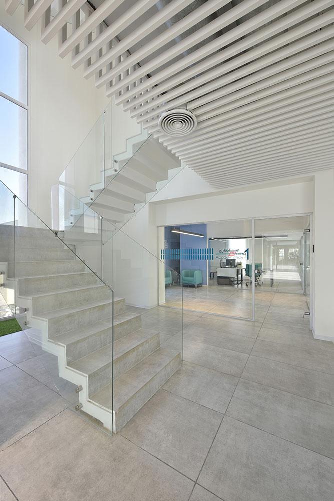 طراحی ساختمان اداری و نمایشگاه ادنا